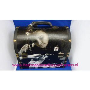002452 / Naaikist Design Ovaal Nostalgie Jonge Dame