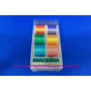 Madeira Supertwist Metallic 8 x 200 M - 3246
