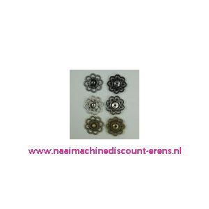 Sier Drukknoop Bloemmotief Brons 28 Mm per stuk